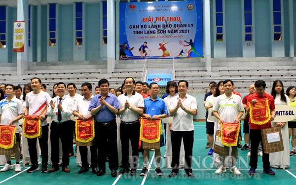 Hơn 100 vận động viên tham gia Giải Thể thao cán bộ lãnh đạo quản lý tỉnh Lạng Sơn