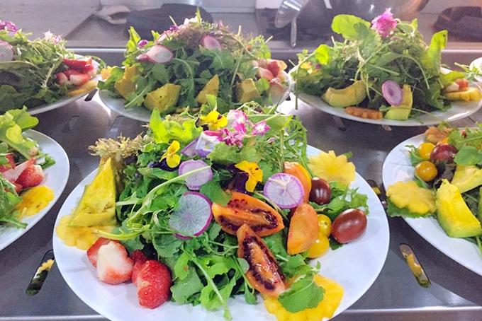 """Công diễn """"100 món ăn từ rau và hoa Đà Lạt"""""""