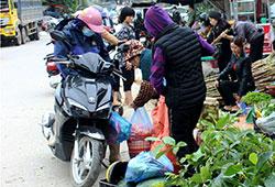Thị trấn Văn Quan: Chợ vẫn lấn đường
