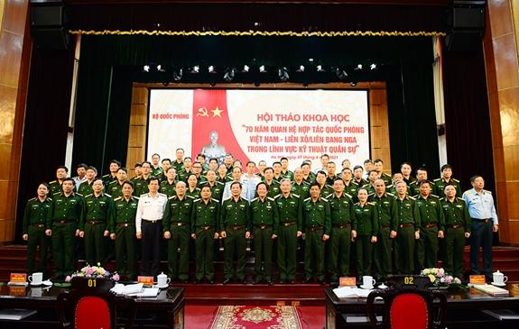 Tiếp tục phát huy truyền thống quan hệ Việt Nam - Liên Xô/Liên bang Nga