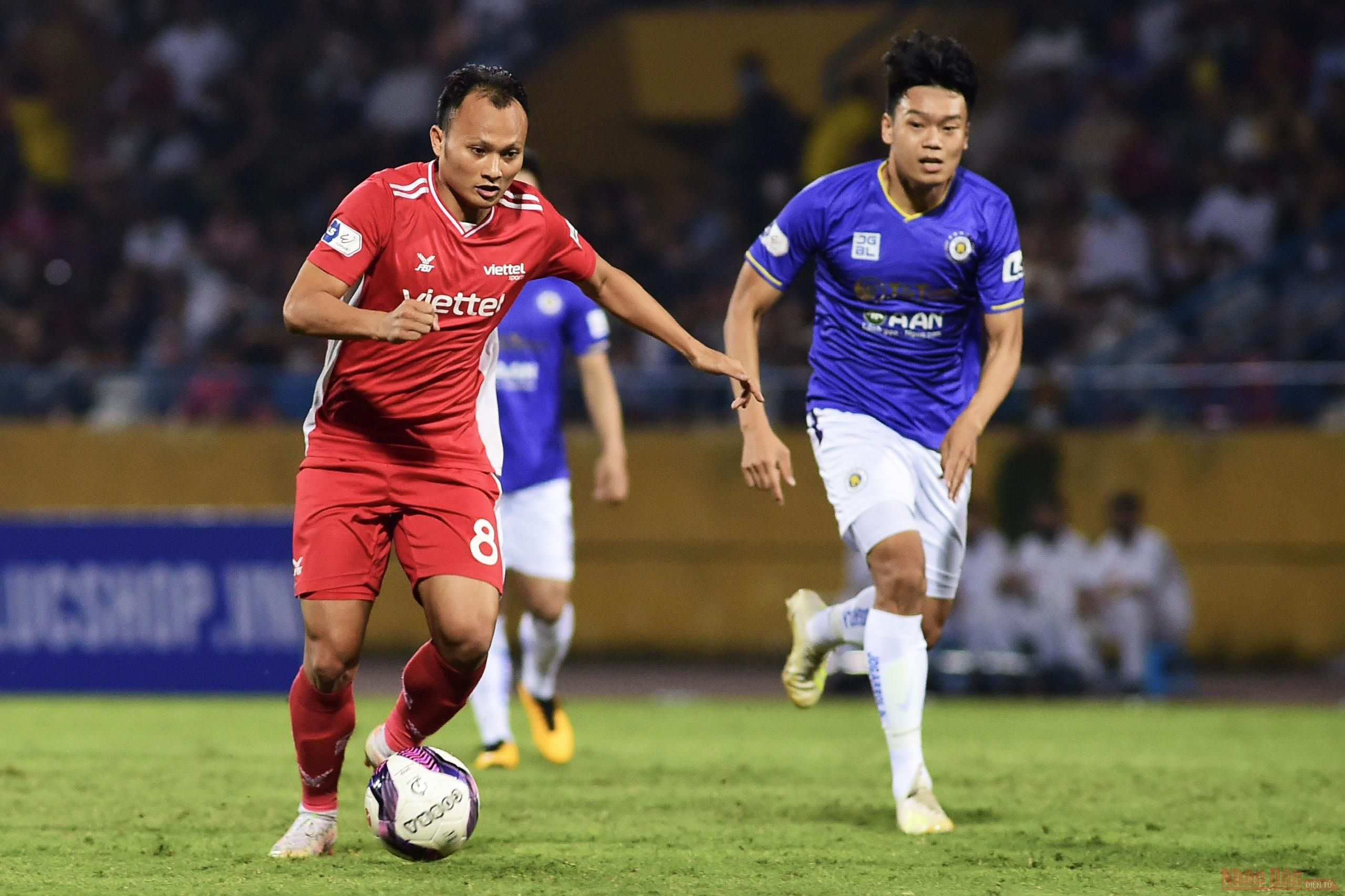 Than Quảng Ninh chiếm ngôi đầu bảng, Trọng Hoàng tỏa sáng trong trận derby thủ đô