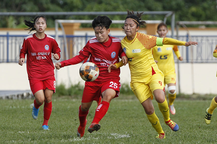 Xác định các cặp đấu bán kết Giải bóng đá nữ Cúp quốc gia 2021