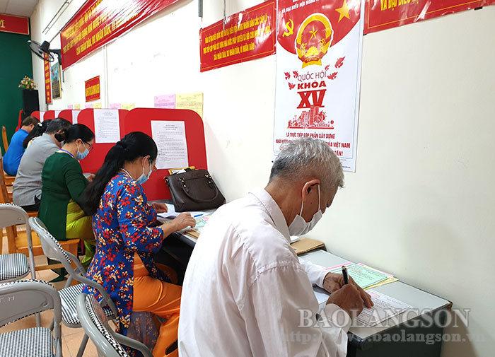Đến 17 giờ ngày 23/5/2021, tỷ lệ cử tri đi bầu đạt 98,78%