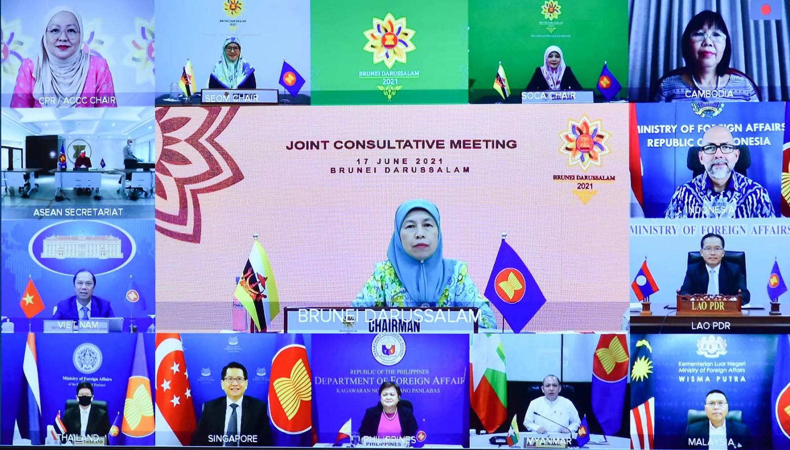 Các nước ASEAN thống nhất thúc đẩy sáng kiến, ưu tiên của năm 2021