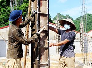 Văn Lãng: Huy động sức dân xây dựng nông thôn mới
