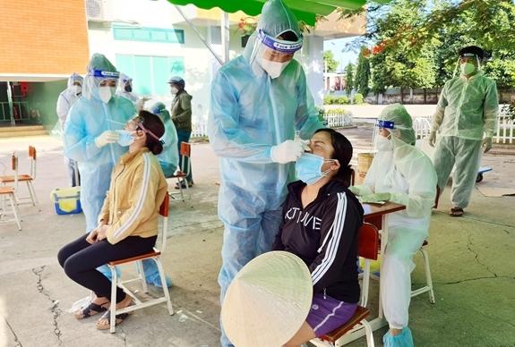 TP Hồ Chí Minh lên phương án điều trị từ 10.000 đến 15.000 ca bệnh