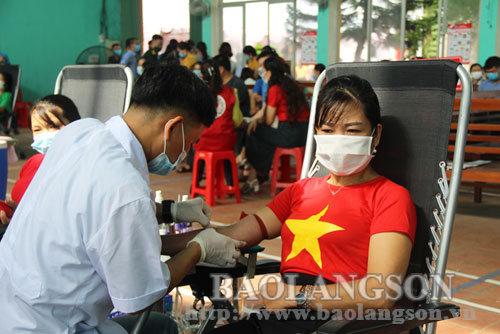 Lộc Bình tiếp nhận 257 đơn vị máu hiến tình nguyện