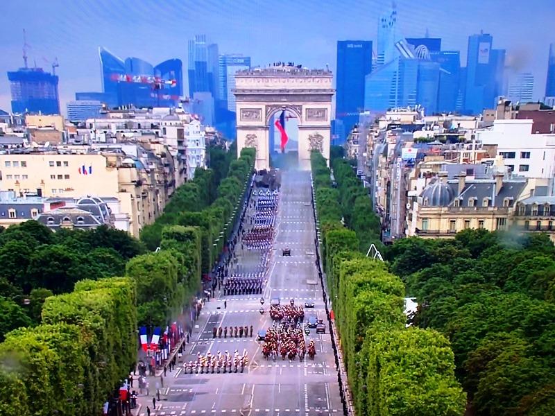 Pháp tổ chức diễu binh kỷ niệm Quốc khánh 14-7