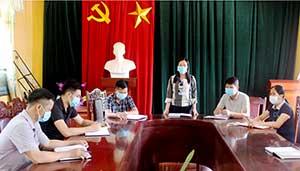 Phân công cấp ủy viên dự sinh hoạt chi bộ ở Đình Lập: Tạo gắn kết với cơ sở