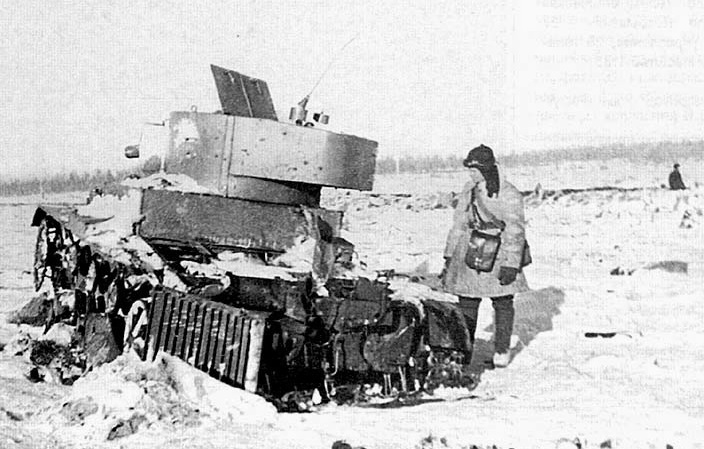 """Liên Xô từng sử dụng """"robot chiến đấu"""" trong cuộc chiến Mùa đông như thế nào?"""