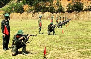Trung đoàn 141 luyện quân an toàn trong mùa dịch