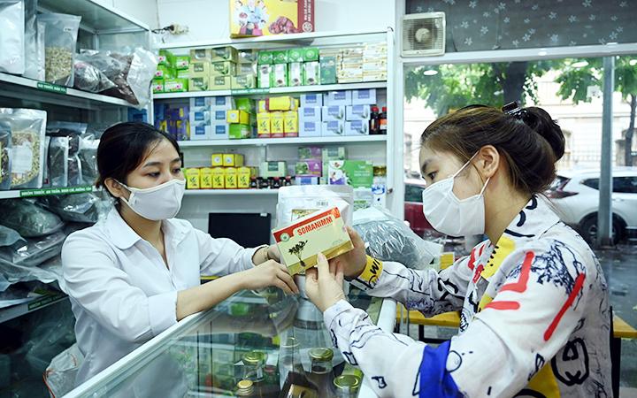 Tăng cường kiểm soát việc tăng giá thuốc bất hợp lý