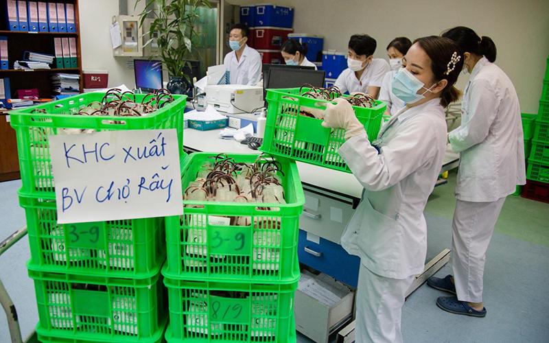 1.000 đơn vị máu từ Hà Nội chi viện cho TP Hồ Chí Minh
