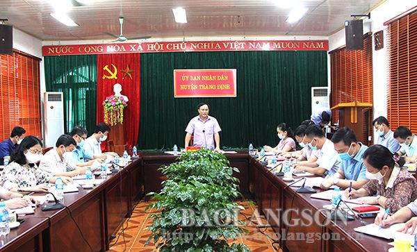 Lãnh đạo UBND tỉnh khảo sát vùng trồng chế biến thạch đen tại huyện Tràng Định