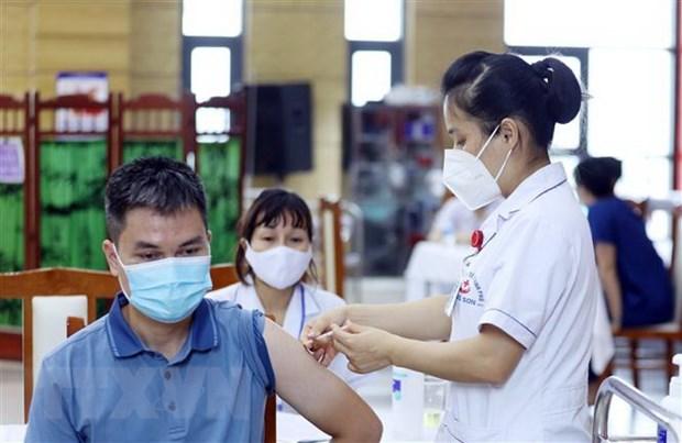 Tăng tốc tiêm chủng trong quý 4 khi vaccine COVID-19 về dồn dập