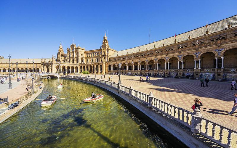 Top 10 điểm du lịch không thể bỏ qua khi đến Tây Ban Nha