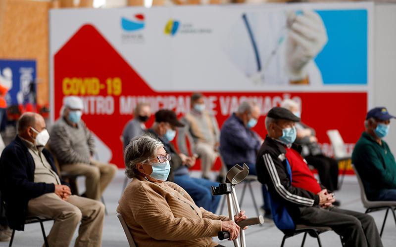Đại dịch Covid-19 làm giảm tuổi thọ con người trên thế giới