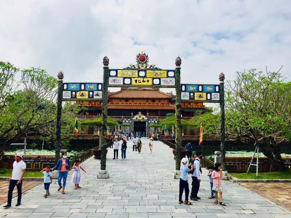 Từ 1/10, Thừa Thiên Huế mở cửa phục vụ du khách tham quan ngoài trời một số điểm di tích