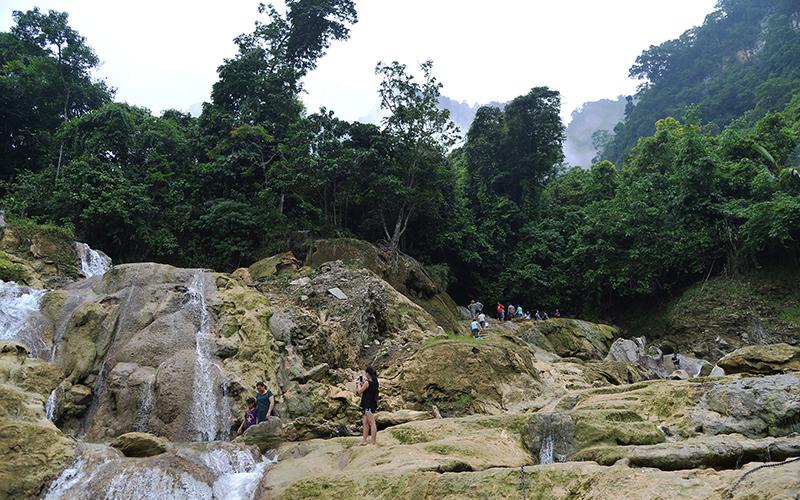 Du lịch sinh thái gắn với bảo tồn đa dạng sinh học