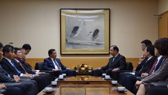 Vietnamese, Japanese communist parties hold theoretical talks