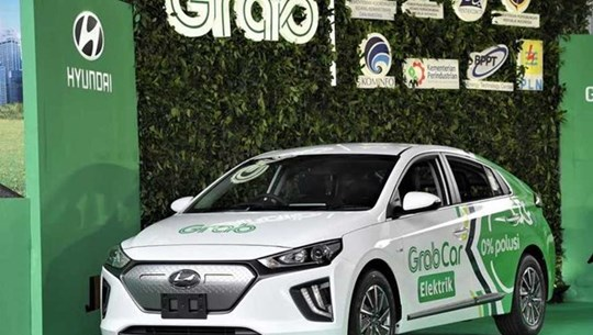 Hyundai, Grab team up to operate electric vehicles in Indonesia