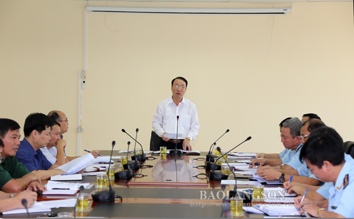 Lang Son leaders works with Customs Department