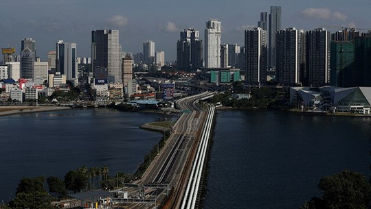 COVID-19 makes Singapore face first recession in nearly two decades