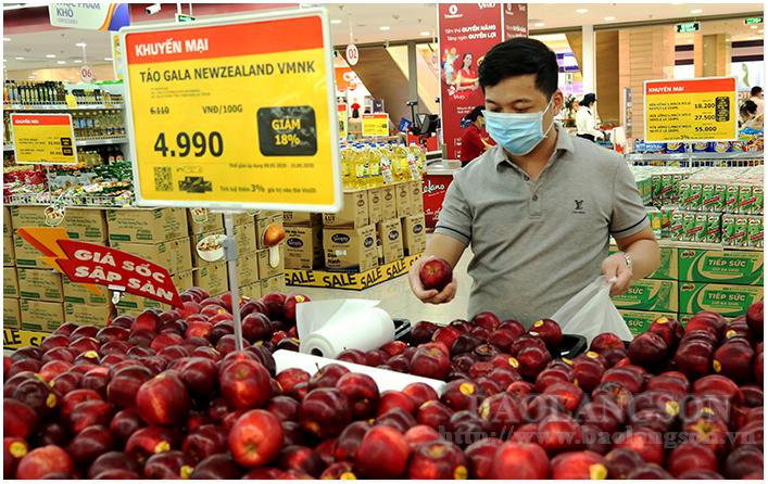 Modern retail stimulates consumer demand after social distancing