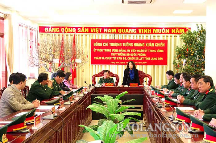 The Deputy Minister of National Defense visited, inspected and wished for a happy Lunar New Year in Lang Son