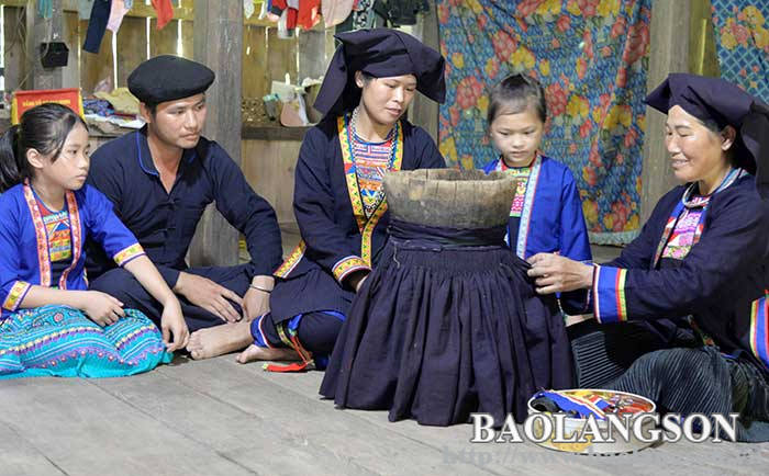 Multi-generational families: Preserving and promoting traditional cultural values