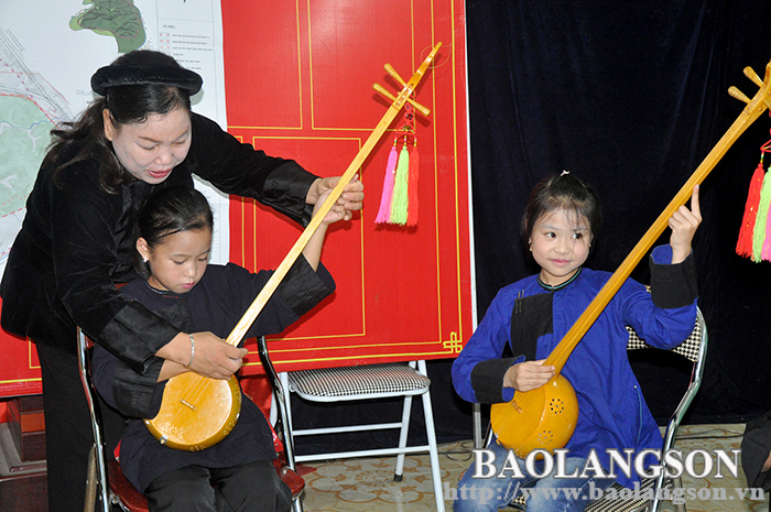 Passing on the passion of preserving the then heritage to younger generation