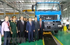 Belarus Deputy PM witnesses inauguration of Maz Asia auto plant in Hung Yen