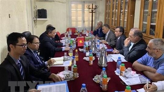 Vietnam promotes trade, investment cooperation with Algeria's Constantine