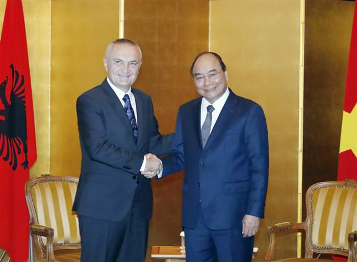 PM meets foreign leaders, Japanese officials in Japan
