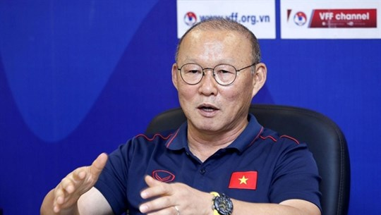 Coach Park Hang-seo extends contract with VFF