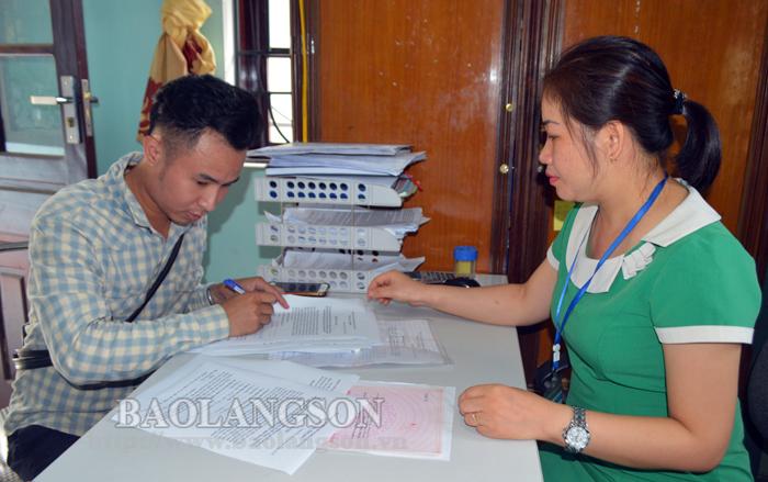 Saturday morning work facilitates administrative procedures