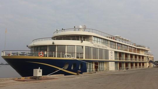 连接芹苴市和柬埔寨金边的豪华游轮正式投入运营