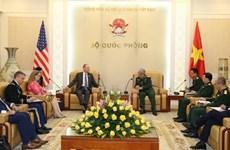 越南国防部副部长阮志咏上将会见美国助理国务卿戴维·斯蒂尔韦尔