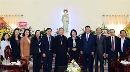 国家副主席邓氏玉盛向南定省裴珠教区致以圣诞祝福