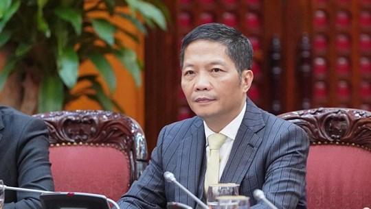 越南工贸部部长陈俊英:在任何情况下都应确保生活必需品市场供应充足价格平稳