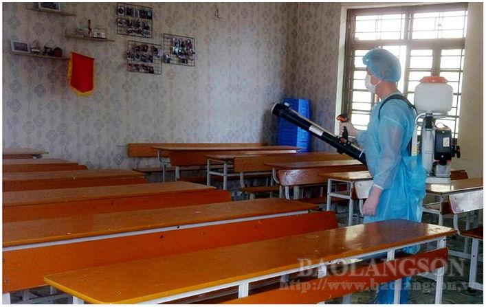 """实施教育和预防流行病的任务:2020-2021学年的""""双重任务"""""""