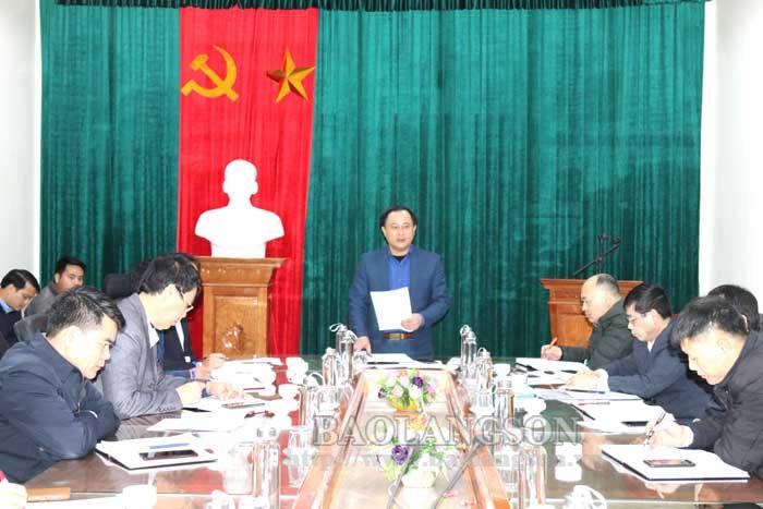 省人民委员会领导检查本唻水库项目的进度