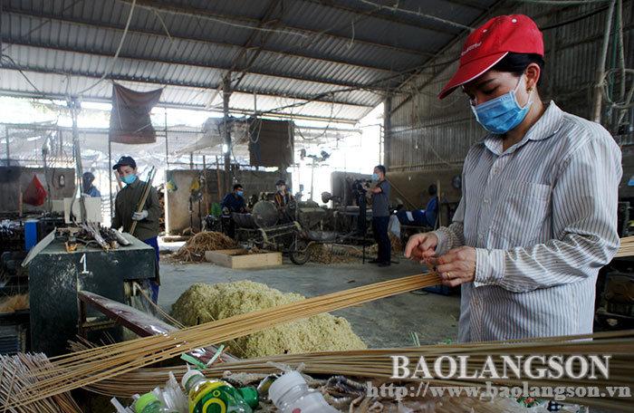 高禄县:加强产业园区和集中工厂的Covid-19疫情防控