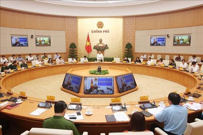 政府常务副总理:越南航空产业要实现健康发展