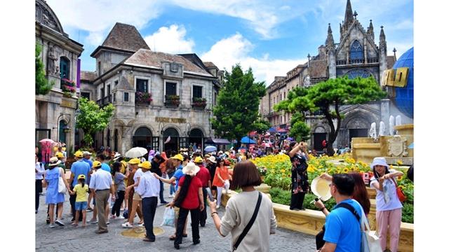 越南多措并举吸引外国游客前来观光旅游