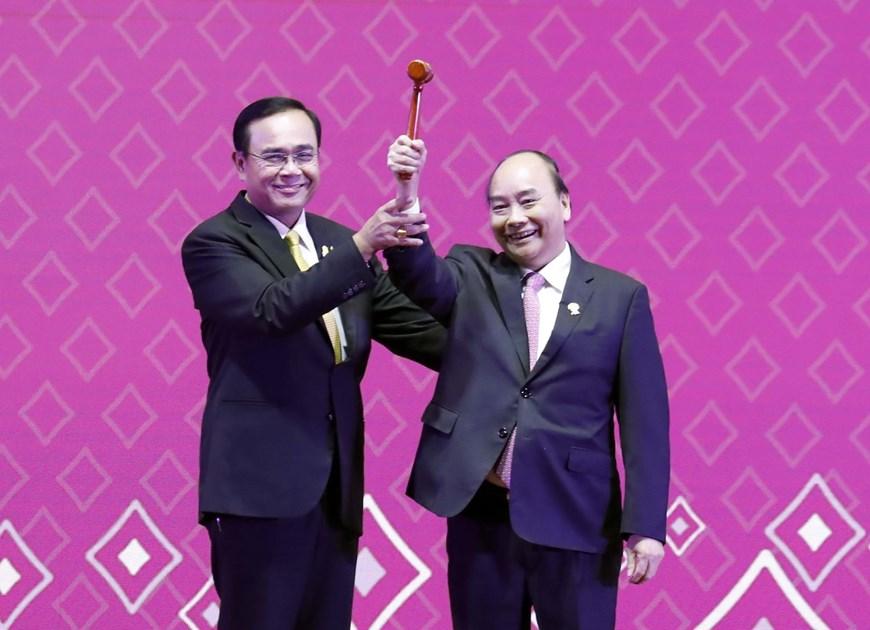 政府总理阮春福公布2020年东盟年主题(组图)